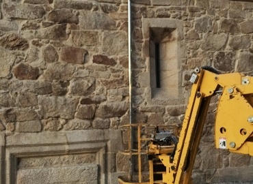 Canalones y bajantes en zinc capilla remedios Ourense