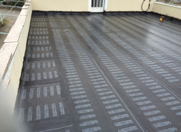 Impermeabilizacion terraza de vivienda en Souto Sanin