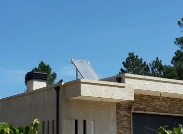 Instalación de placas solares vivienda piñor